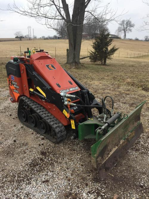 ditchwitch_sk600_2.jpg